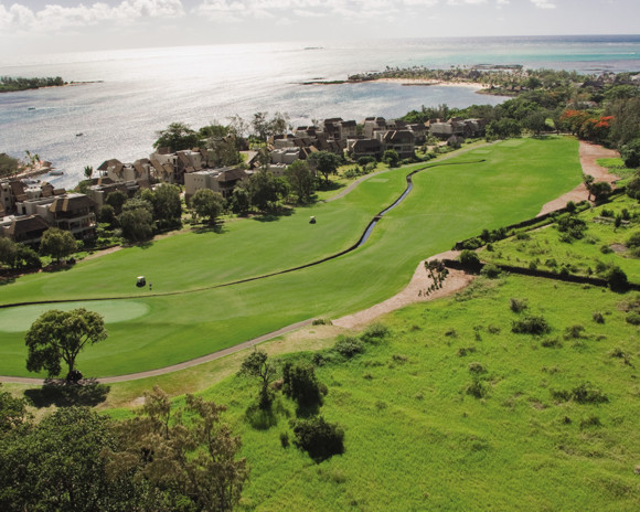15 Unconventional, Different & Strange Golf Courses
