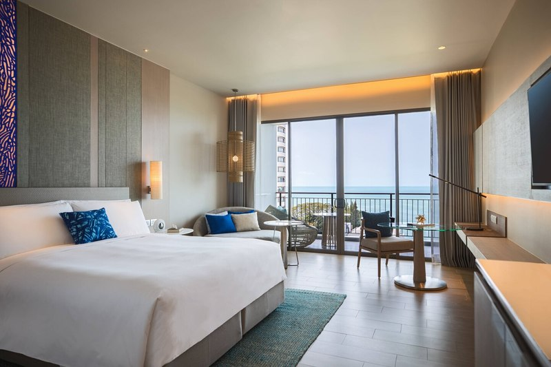 Luxurious stay at Renaissance Pattaya
